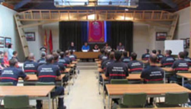 Los 30 aprobados de la última oposición comienzan el curso básico de bomberos