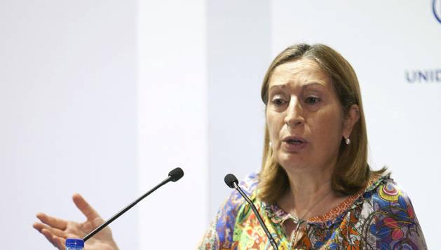 Rajoy propone a Ana Pastor para presidir el Congreso de los Diputados