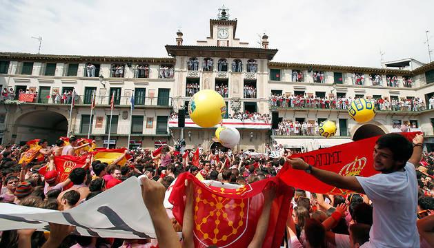 La plaza de los Fueros de Tudela, en el cohete de 2015.