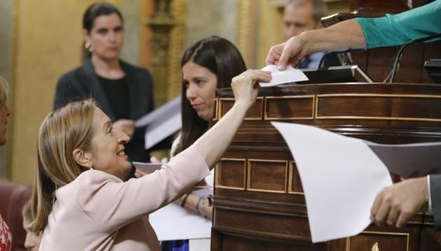 Los nacionalistas dan la Presidencia del Congreso a la popular Ana Pastor