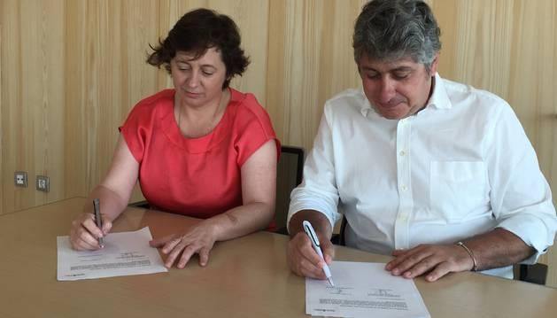 El Gobierno firma los modelos de ocupación del territorio de Arguedas y Corella