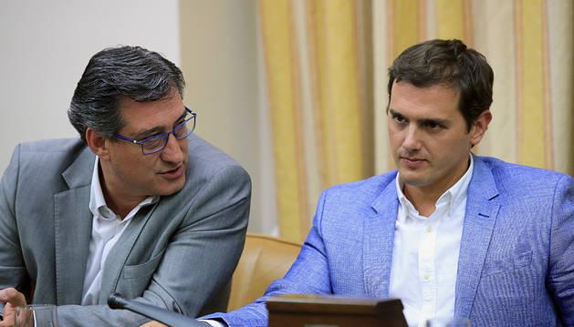 Rivera, con su candidato a presidir el Congreso, Nacho Prendes.