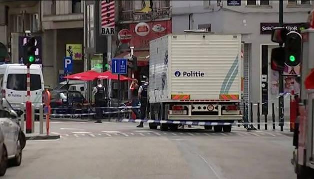 Imagen televisiva del cordón policial en Bruselas.