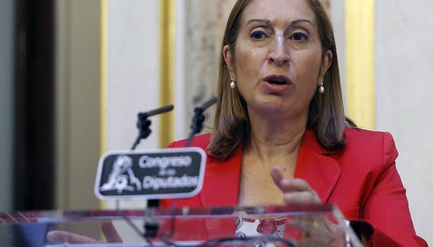La presidenta del Congreso, Ana Pastor, durante su comparecencia de este jueves.