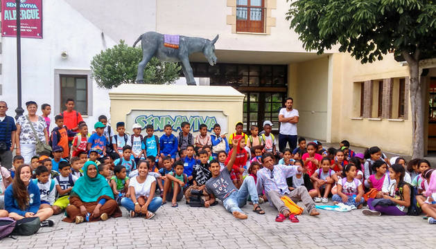 Sendaviva recibe a 90 niños saharauis que pasan el verano en Navarra