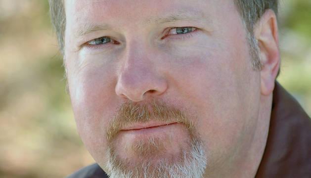 Kevin J. Anderson, escritor estadounidense de ciencia ficción.