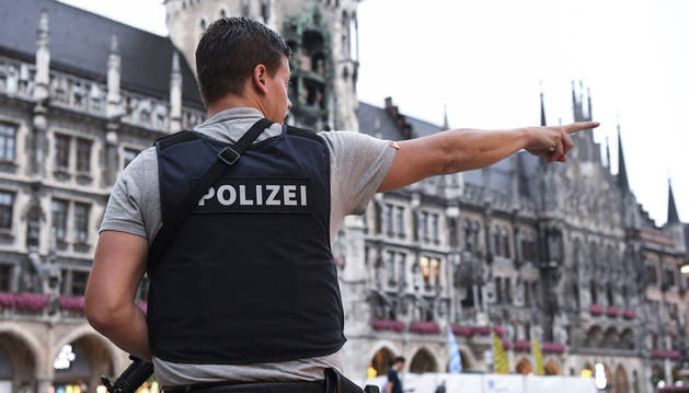 Tres personas armadas y a la fuga, autores del ataque, según testigos