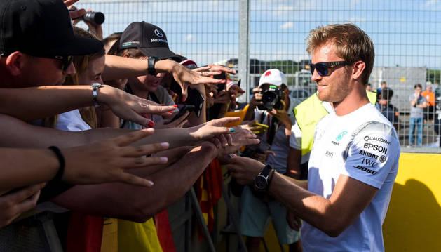 Rosberg prorroga su contrato con Mercedes hasta 2018