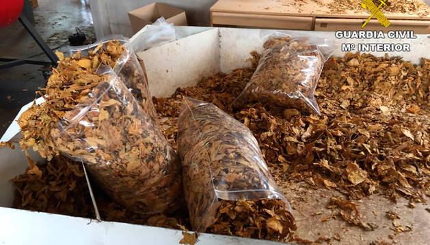 Tres detenidos e intervenidas en Elche más de 18 toneladas de tabaco ilegal