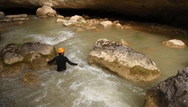 Barraco de la Hoz Mala del río Guadalope.