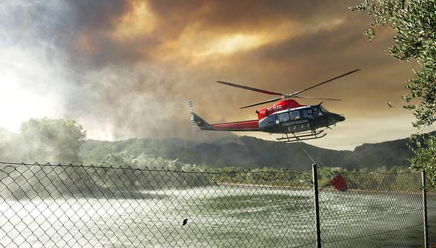 La Sierra de Espadán (Castellón) y Zamora luchan contra el fuego
