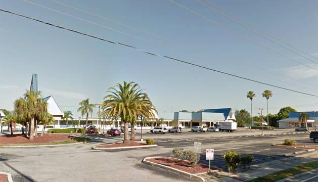 Exterior de la discoteca Club Blu en Fort Meyers (Florida).