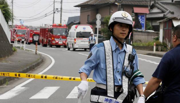 Un hombre mata a 19 discapacitados en una residencia cerca de Tokio