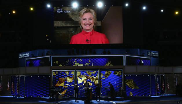 Hillary Clinton hace historia al convertirse en la primera candidata de EE UU