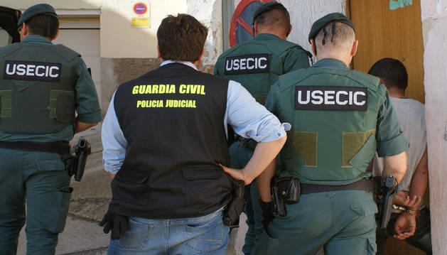 Detenido un joven por varios delitos de robo con fuerza, daños y hurtos en Funes