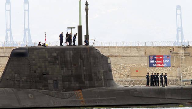 Zarpa rumbo al Reino Unido el submarino nuclear 'HMS Ambush'