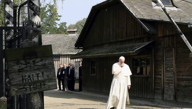 El papa Francisco visita los campos de Auschwitz y Birkenau