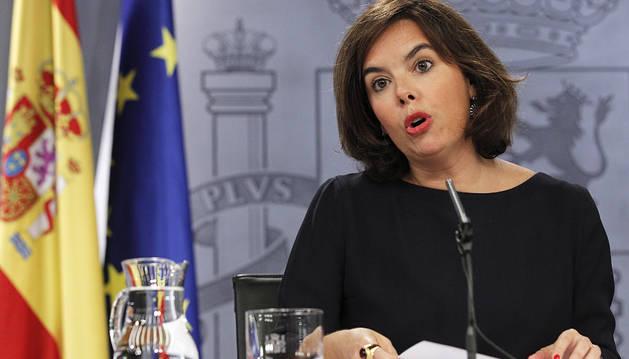 El Gobierno defiende que Rajoy no tiene por qué presentarse a una investidura