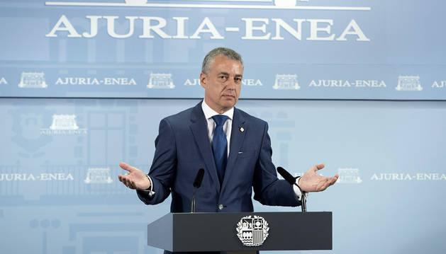 El lehendakari vasco, Iñigo Urkullu, hoy en la rueda de prensa.