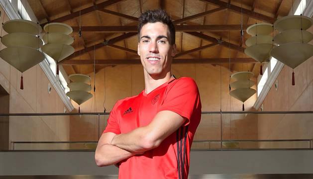Álex Sánchez ha recobrado la sonrisa. Vuelve a entrenarse y ya ha empezado a tocar balón. Espera integrarse en el grupo rápido.
