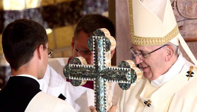 El Papa pide en Polonia una Iglesia