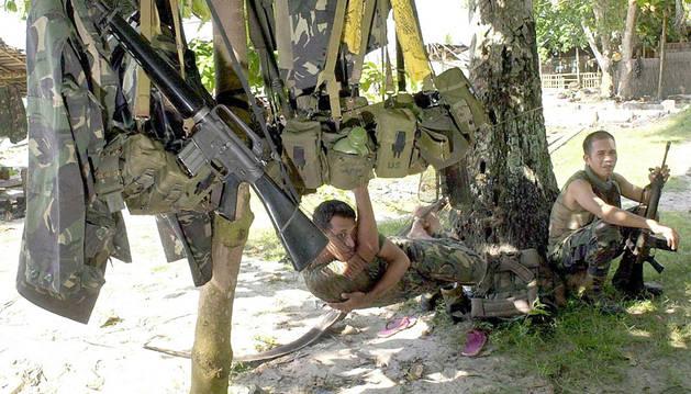 El Ejército filipino retoma las operaciones tras fracaso del alto el fuego
