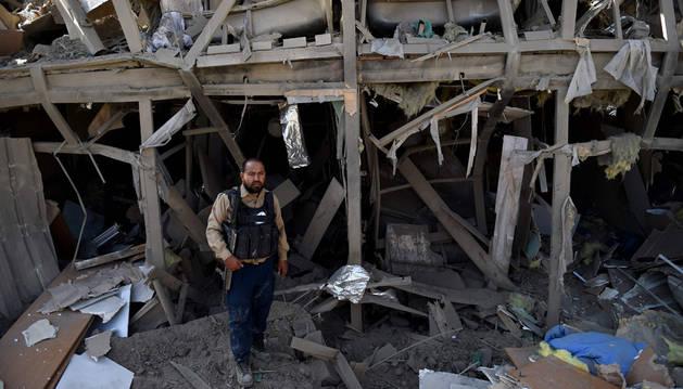 Cuatro muertos en el ataque de los talibanes a un hotel en Kabul
