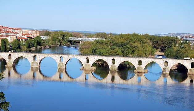 Puente de Piedra sobre el río Duero en Zamora, lugar donde se ha producido el suceso.