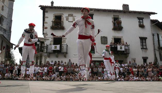 Bera celebra el día grande de sus fiestas en honor a San Esteban