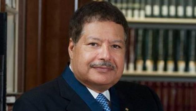 Ahmed Zoweil.