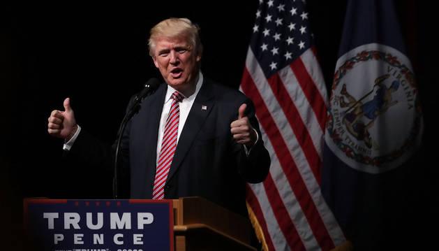 Trump echa de un mitin a un bebé que lloraba y a su madre