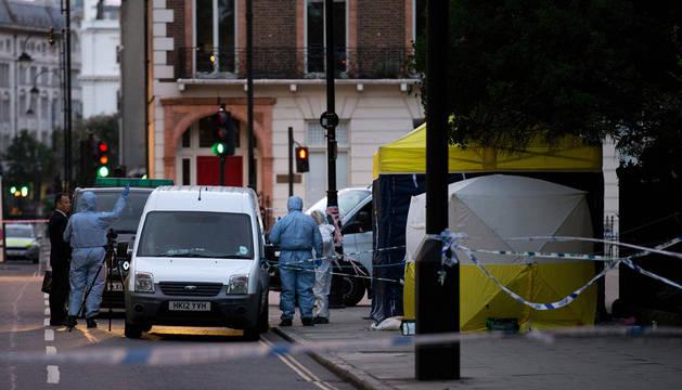 Una mujer muerta y cinco heridos en un ataque con cuchillo en Londres