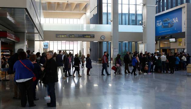 Los vuelos chárter han aportado más de 2.000 pasajeros a Noáin este primer semestre.