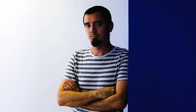 Sergio Murillo Saldías, en una de las salas del estudio donde trabaja como arquitecto en Pamplona.