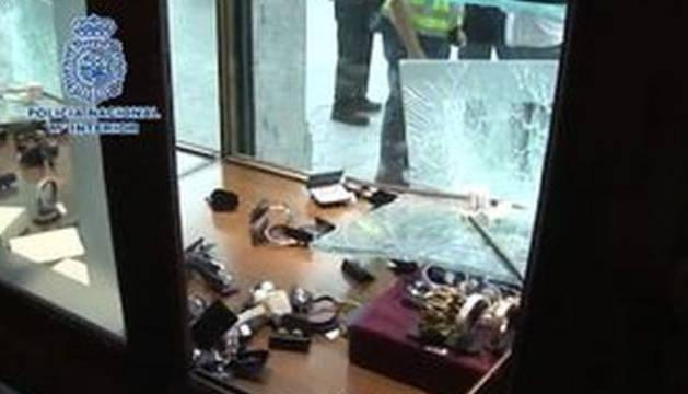 Detenidos cinco Pink Panther que habían robado 400.000 euros en 48 segundos