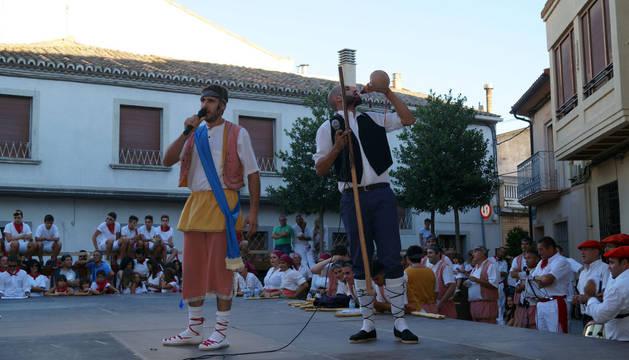 Paloteado de las fiestas en Fustiñana