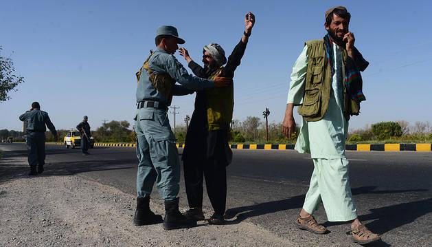Mueren 40 talibanes en un bombardeo al norte de Afganistán