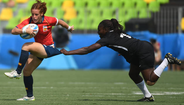 La españaola Bárbara Pla, contra Kenia.