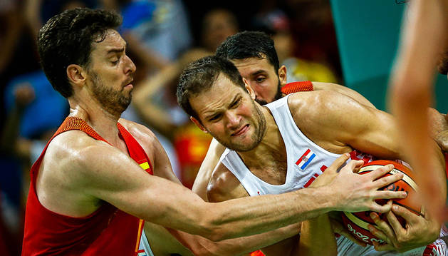 Gasol y Mirotic no impiden la derrota ante Croacia