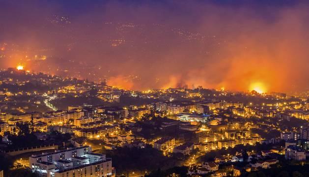 Grave incendio en Madeira