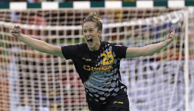Nerea Pena celebra un gol contra Brasil.