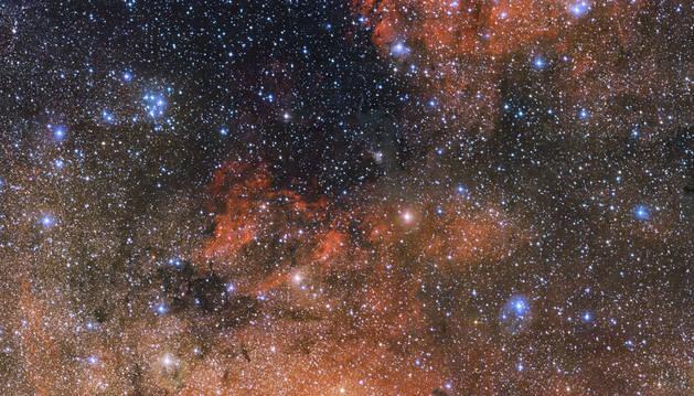 El ESO captura una nueva imagen de laboratorio cósmico en Sagitario