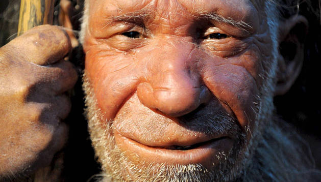 Una figura dUna figura de un Neandertal