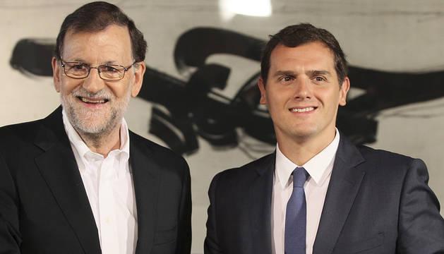 Mariano Rajoy y el líder de Ciudadanos, Albert Rivera, momentos antes de la reunión.