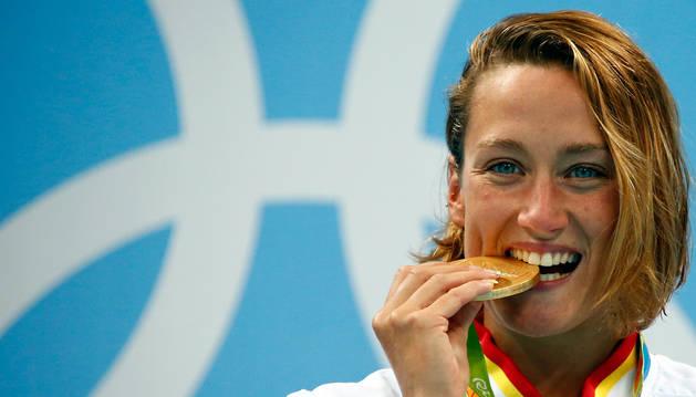 Belmonte se lleva el oro en los 200 mariposa y da a España su segunda medalla