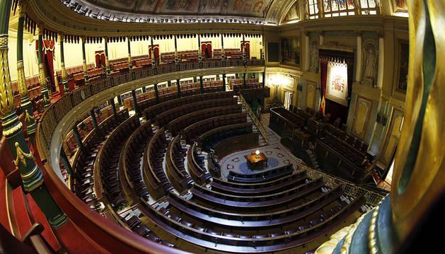 Rajoy acaricia un bloque de 170 diputados con el que presionar al PSOE