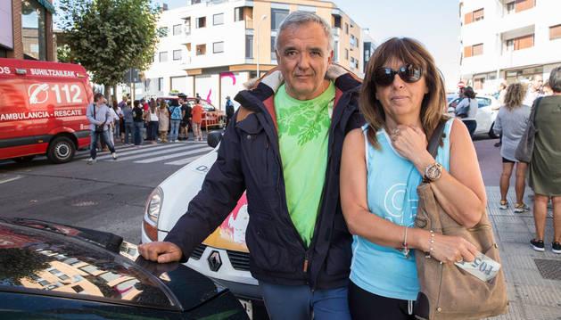 José Antonio Frías fernández y Goya Aldave Villanueva, vecinos 2º A.