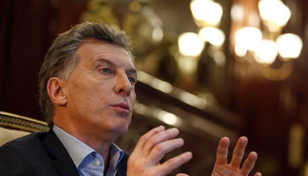 Mauricio Macri, blanco de insultos y pedradas en Mar de Plata
