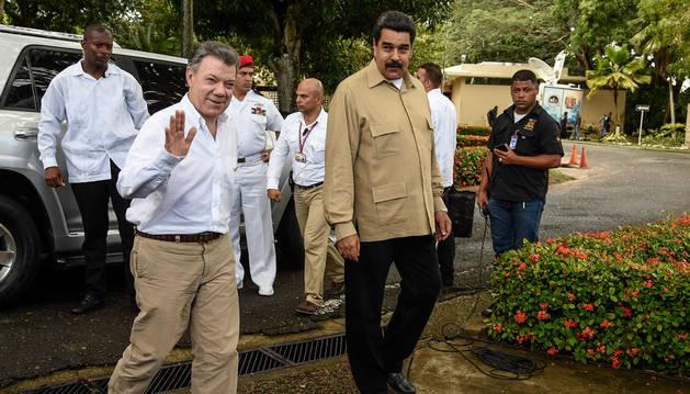 El presidente de Venezuela, Nicolás Maduro, y el de Colombia, Juan Manuel Santos, tras su reunión.