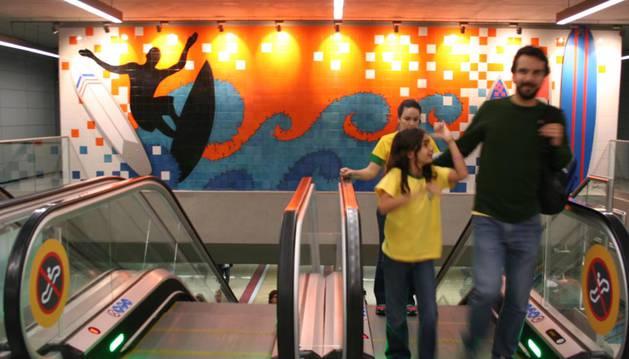 Interior del metro de Rio.